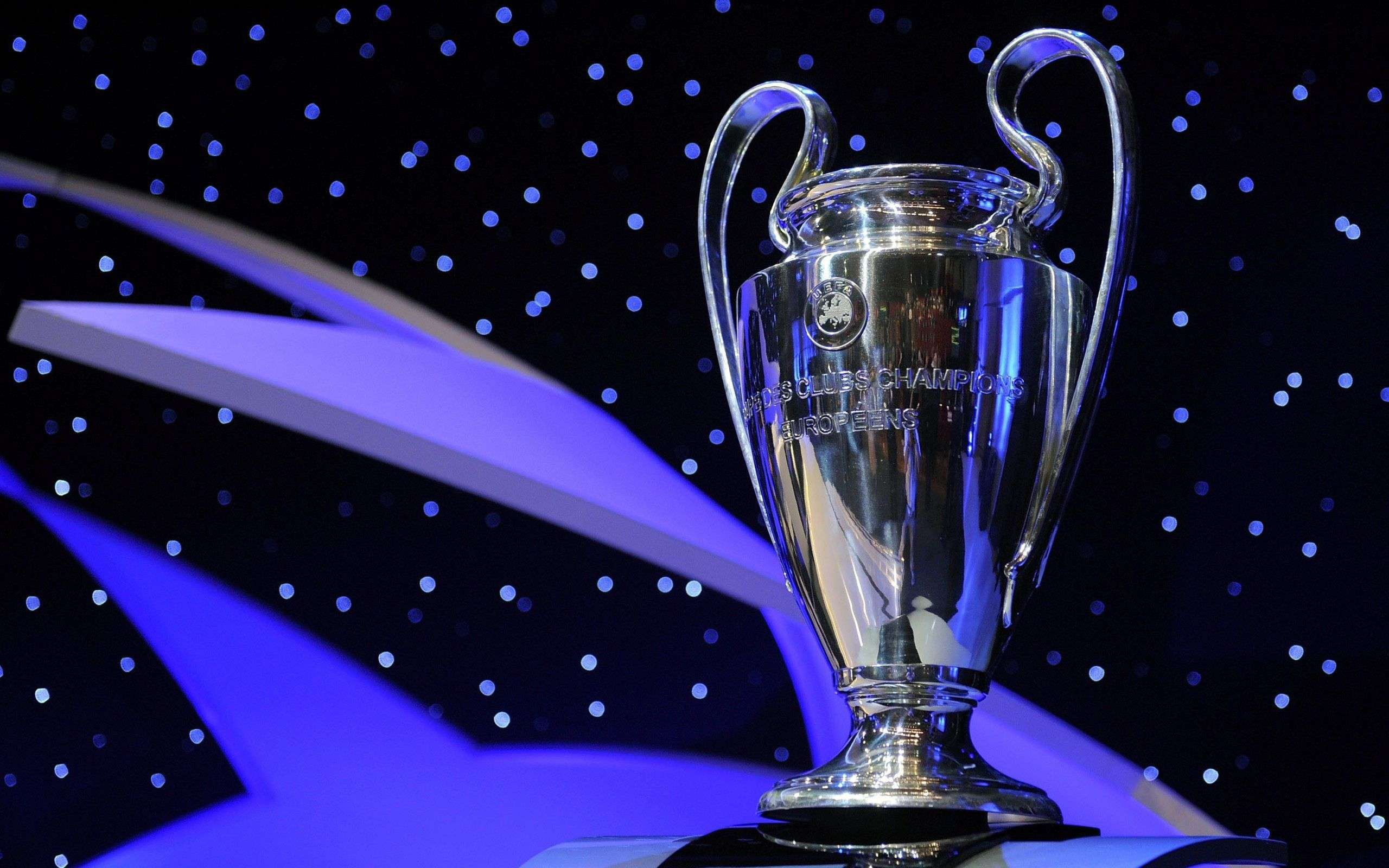 Uefa-Champions-League-Trophy-Hd-Desktop-Wallpaper-Download