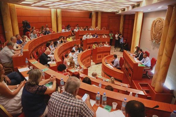 Gjate mbledhjes se sotme te Keshillit Bashkiak (2)