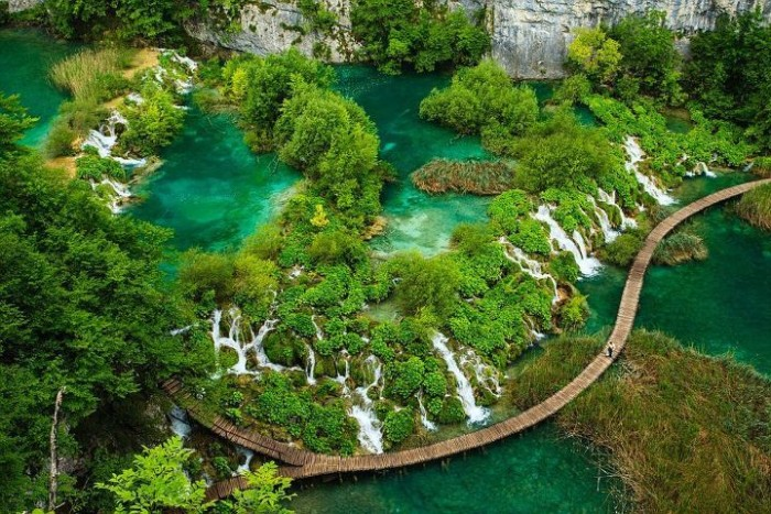 top-view-of-waterfalls-in-plitvice-lakes-national-park-e1435467434295