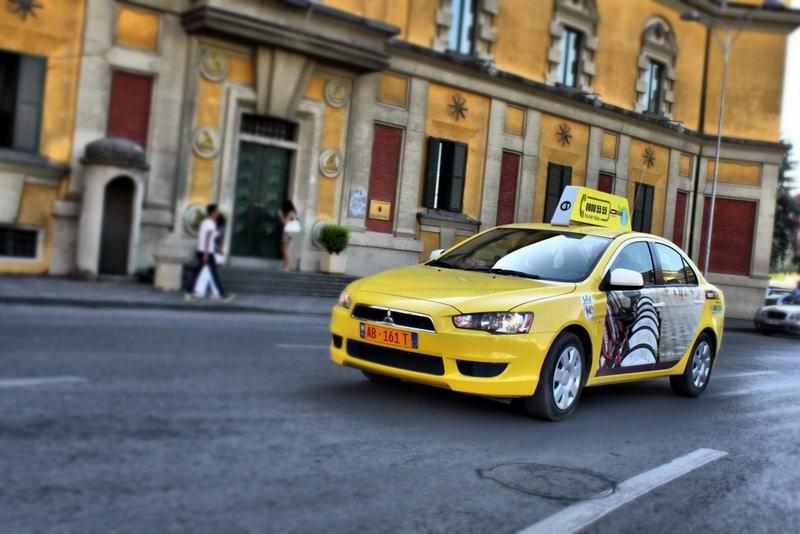 merrtaxi_taxi_taksi_rezervo_falas_prenoto_tirana_airport_rinas_9