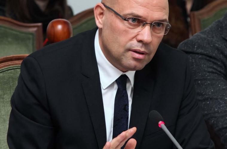 ministri-i-drejtesise-ylli-manjani-759x500