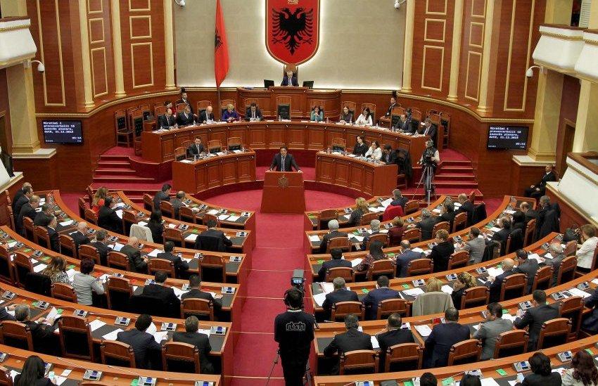 auto_kuvendi-i-shqiperise1481129922