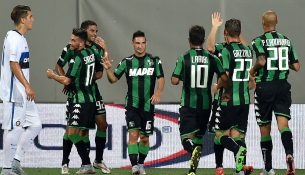 REGGIO NELL'EMILIA, ITALY - AUGUST 12:  Gregoire Defrelof Sassuolo celebrates after scoring the opening goal during the TIM pre-season tournament match between FC Internazionale and US Sassuolo Calcio at Mapei Stadium - Città del Tricolore on August 12, 2015 in Reggio nell'Emilia, Italy.  (Photo by Giuseppe Bellini/Getty Images)