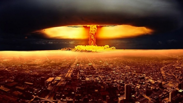 dallimi-n-euml-mes-t-euml-bomb-euml-s-atomike-dhe-asaj-me-hidrogjen_hd